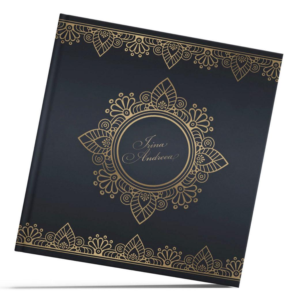 Coperta aurita pe fundal inchis de la minialbum.ro
